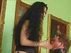 mistress Luna (bucuresti) face sitting