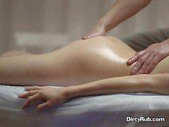 Client Dinara Blows Well Hung Masseur After Getting Fingered