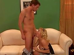 RealMomExposed - Exchanging Milf Pussy For a Favor
