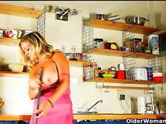 Från och kitchen princessen till masturbation goddess