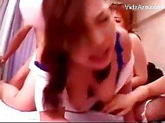 4 Les infirmières gros seins et la chatte baisée par 2 patients sur la hôpitaux de d'hôtels Bed Facial Cum Afin mésanges