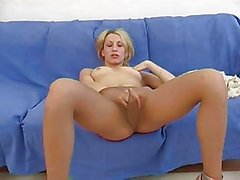 Amateur Elly in pantyhose