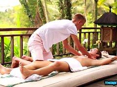 Rus twinks footjob ve masaj