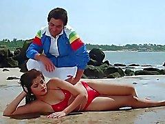 SONAM BIKINI CHE SCENE RARAMENTE un film - di Vijay ( 1988)