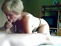 French amateur MILF smiles whilst fucking