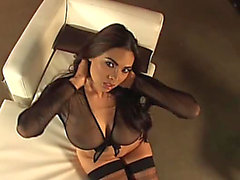 Luscious Tera Patrick montre ses Pointer Sisters In clip Hawt Solo
