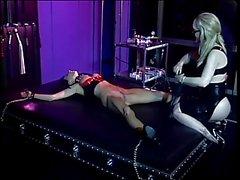 Dominatrix Nina Harltey playing with sex slave