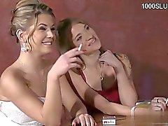 Natürliche Titten blonde anal