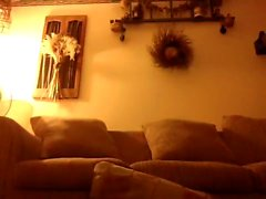 LM caliente está desempeñando en su casa y dispararse a sí mismo en la webcam
