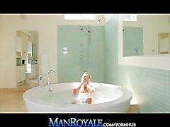 ManRoyale California Studs & Suds Thrusting In Holiday Bath Tub