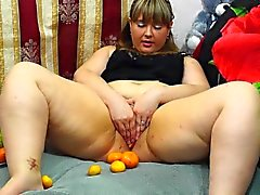 fatty, masturbates fruit. fruits in pussy hairy