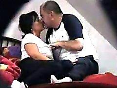 Voyeuring Housewife Olga con scopare il suo compagno di