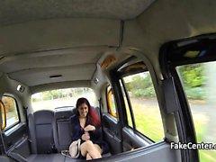 Sürücüsü taksi seksi sikiş yıldız becerdin