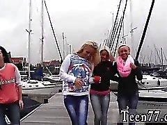 Stor rumpa Blonde Doggystyle A obehaglig boat trip
