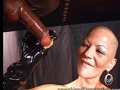 Mistress Laura Milking Svart