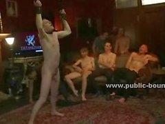 Adam ağzı ile lateks kaplı ve horoz ücretsiz cezalandırılması ve