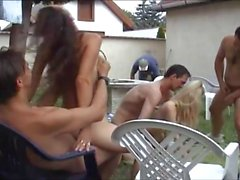 Teens enjoy a hot sexparty on the backyard