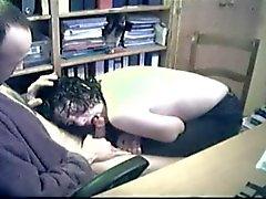 Caméra cachée - Fellations du bureau