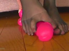 Horny japanese masturbate in 5 toe nylon