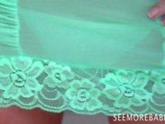 Upea tyttö Chloe James vihreä alusvaatteita Yksin itsetyydytys