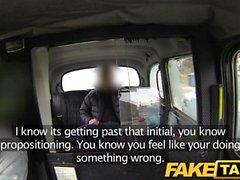 FakeTaxi Britanya taxi sırayla tecavüz etme