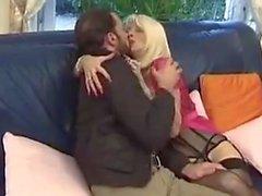 Francés maduro eva delage con un chico joven
