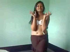 Cute indian Girl expose her Body infront of CAM