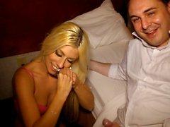 Jessie Volt makes an handjob and a blowjob to Andrea Diprè