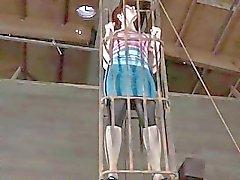 Cute девочка ожидает крепком мучений