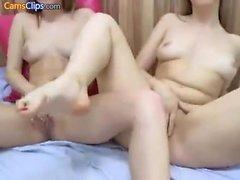 Hot blonde lesbiska babes kapacitetsförbättring