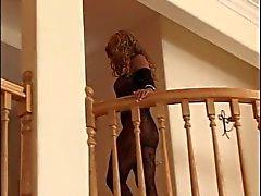 MILF женское бельё имеет влажной небрежен с отличием снимок