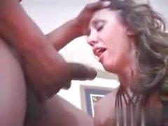 Cuckold Sesso con suocera che succhia rubinetto nero