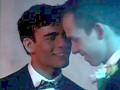 Gratis varm för Emo Gay Kontaktannonser video första gången När Max pappa surpr