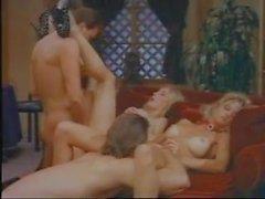 Dörtlü Moana Pozzi - Çıplak Tanrıça 2 (1994)