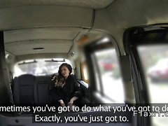 Tattooed petite British amateur bangs in fake taxi