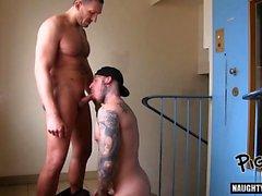 Sıcak eşcinsel oral seks ve creampie