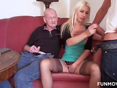 Susi is a young Austrian wife and this horny wife is bored