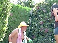 Vater Fickt seine Stief - Tochter Outdoor estou Garten