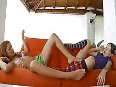Çorap sınırsız lezbiyen tutku