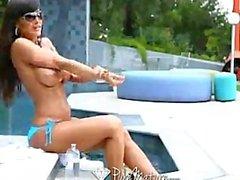 Rena mogen - Lisa för Ann i pool
