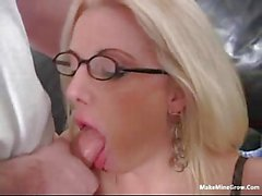 Hot blonde with sunglasses get screwed