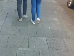 Tuerkin in Jeans