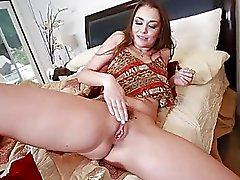 Allie Haze Hai affrontato con una Big di Dick