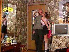 Ouida dalla 1fuckdatecom - figlia dice 039 fanculo mio papà difficile