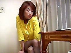 Japanese milf lady does everything