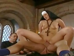 Nun - German
