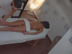 Woman Fuck in a Massage Parlor