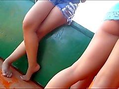 Loira gostosona pagando bundinha na Praia do - BR