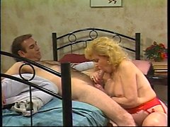 Horny Mother found on milfsexdating
