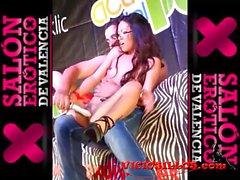 LAdy Mai masturbada por un espontaneo SEV 2013
